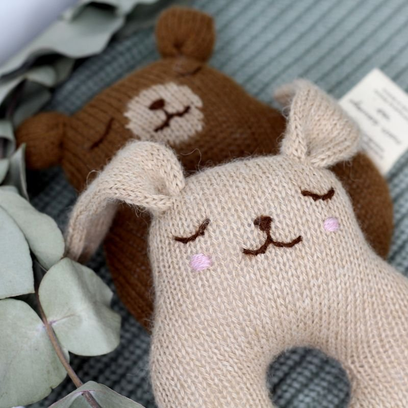 Hochet laine   Lapin sable