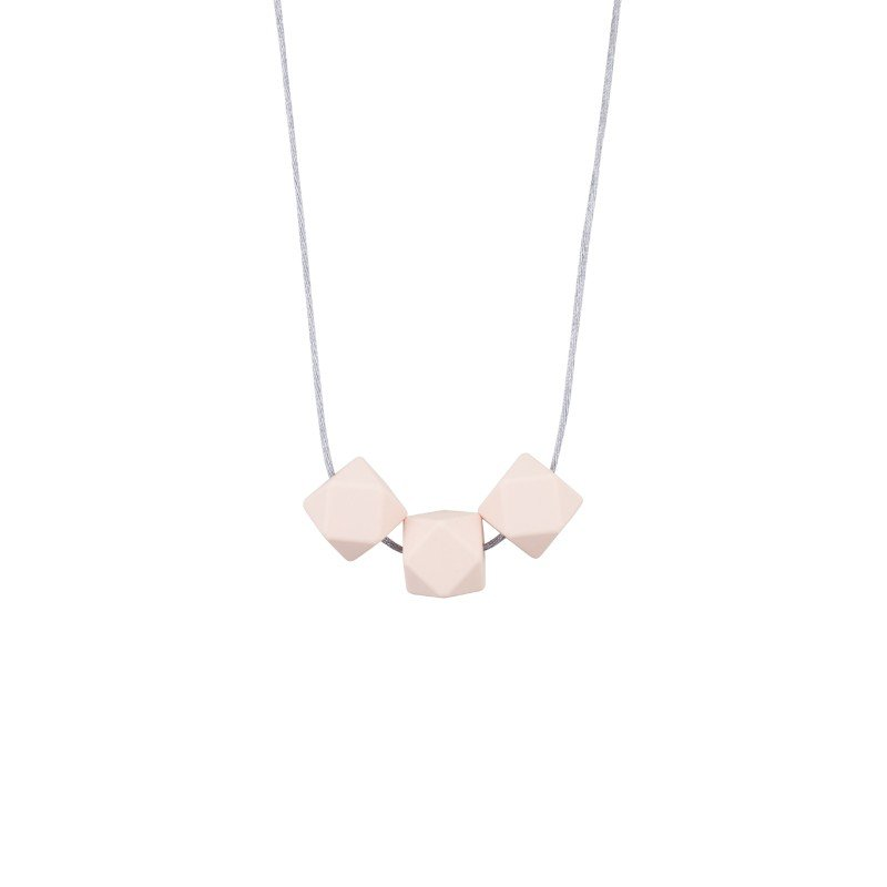 Collier simple dimple rose poudré par Minty Wendy