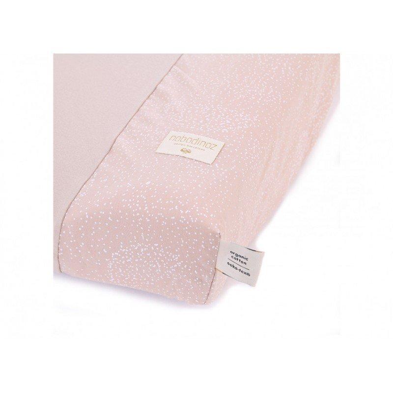 Zoom sur la housse de matelas à langer bubble rose par Nobodinoz