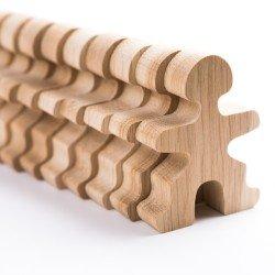 Jouets en bois composé de 32 petits personnages de la marque Flockmen