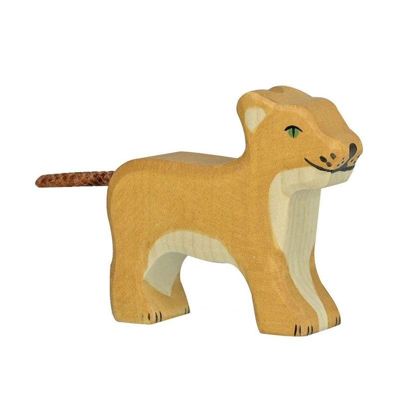 Lionceau debout