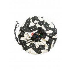 Tapis de jeu avec des routes imprimées qui se referme en se transformant en sac à jouet