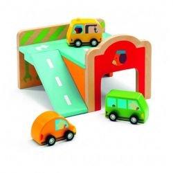 Mini garage en bois par Djeco