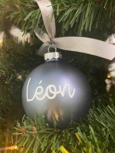 Boule à personnaliser Léon bleu mat