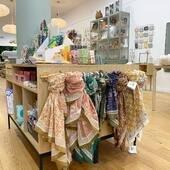 C'est Vendredi !! Retrouvez nous dans deux boutiques, Hem et Lille de 10h à 19h non stop ☀️ Et toujours sur notre site little-cecile.com ☺️