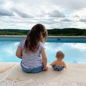 Emmener ses bébés à la piscine. #kidsconceptstore #boutiqueenvacances #vacances2020 #pisicine